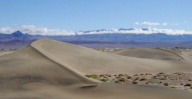 800px-Mesquite_Sand_Dunes